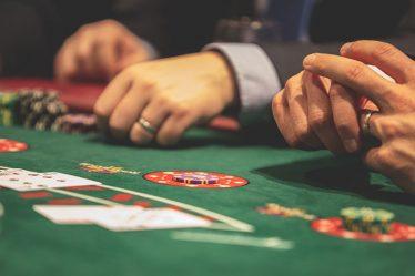 Esitelty kuva 4 loistavaa uhkapeliä parhaissa suomalaisissa kasinoissa aloittelijoille 374x249 - 4 loistavaa uhkapeliä parhaissa suomalaisissa kasinoissa aloittelijoille