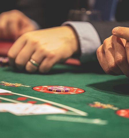 Esitelty kuva 4 loistavaa uhkapeliä parhaissa suomalaisissa kasinoissa aloittelijoille 448x480 - 4 loistavaa uhkapeliä parhaissa suomalaisissa kasinoissa aloittelijoille