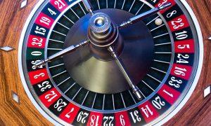 Lähetä kuva 4 loistavaa uhkapeliä parhaissa suomalaisissa kasinoissa aloittelijoille Baccarat 300x180 - Lähetä-kuva-4-loistavaa-uhkapeliä-parhaissa-suomalaisissa-kasinoissa-aloittelijoille-Baccarat