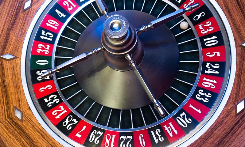 Lähetä kuva 4 loistavaa uhkapeliä parhaissa suomalaisissa kasinoissa aloittelijoille Baccarat - 4 loistavaa uhkapeliä parhaissa suomalaisissa kasinoissa aloittelijoille