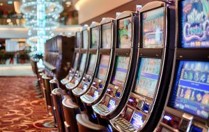 Lähetä kuva 3 loistavaa uhkapeliä jotka ovat saatavilla suomalaisissa kasinoissa Slotomania Slots 300x190 - Lähetä-kuva-3-loistavaa-uhkapeliä-jotka-ovat-saatavilla-suomalaisissa-kasinoissa-Slotomania-Slots